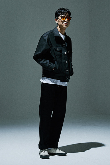 Trench Waxed Denim Jacket [Black]