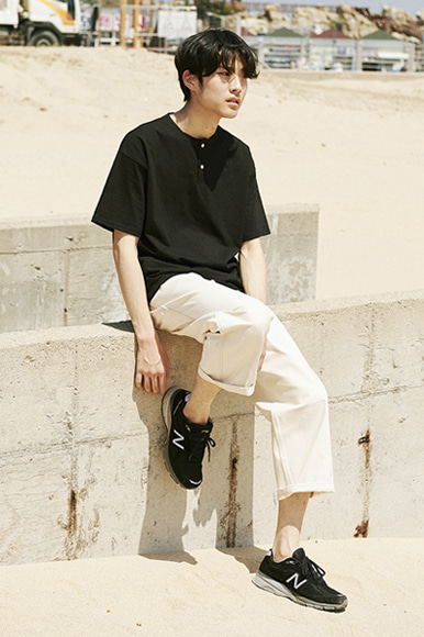 Easy Henry Neck T-Shirts [Black]