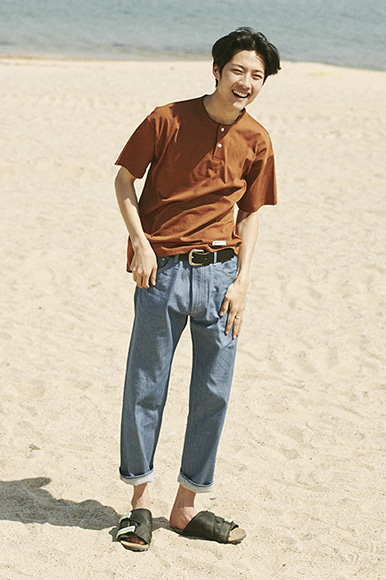 Easy Henry Neck T-Shirts [Brown]