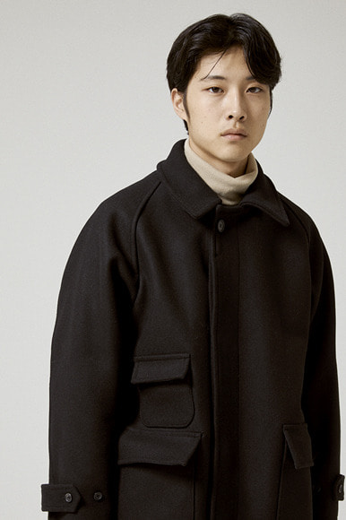 Heavy Hidden Balmacaan Coat [Black]