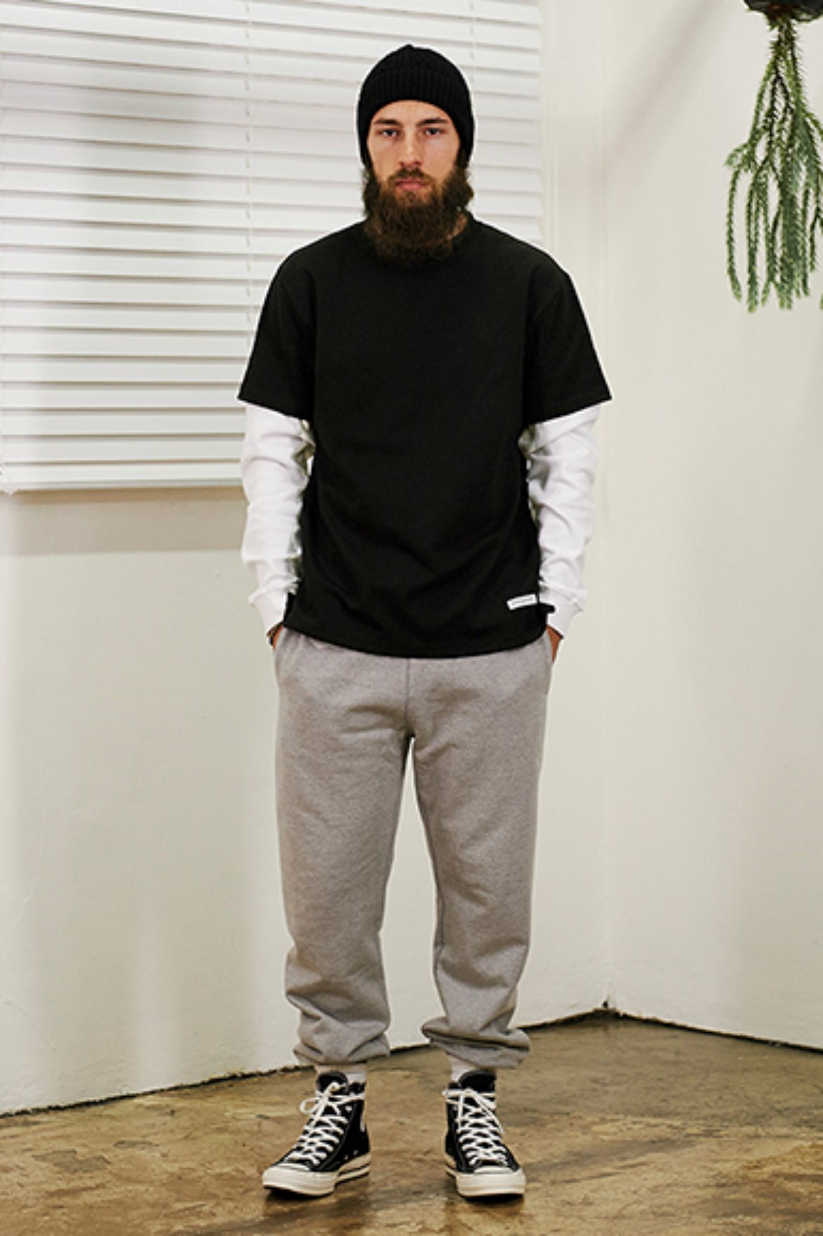 (1월 25일 예약배송) XERO - Classic Sweat Pants [Grey]
