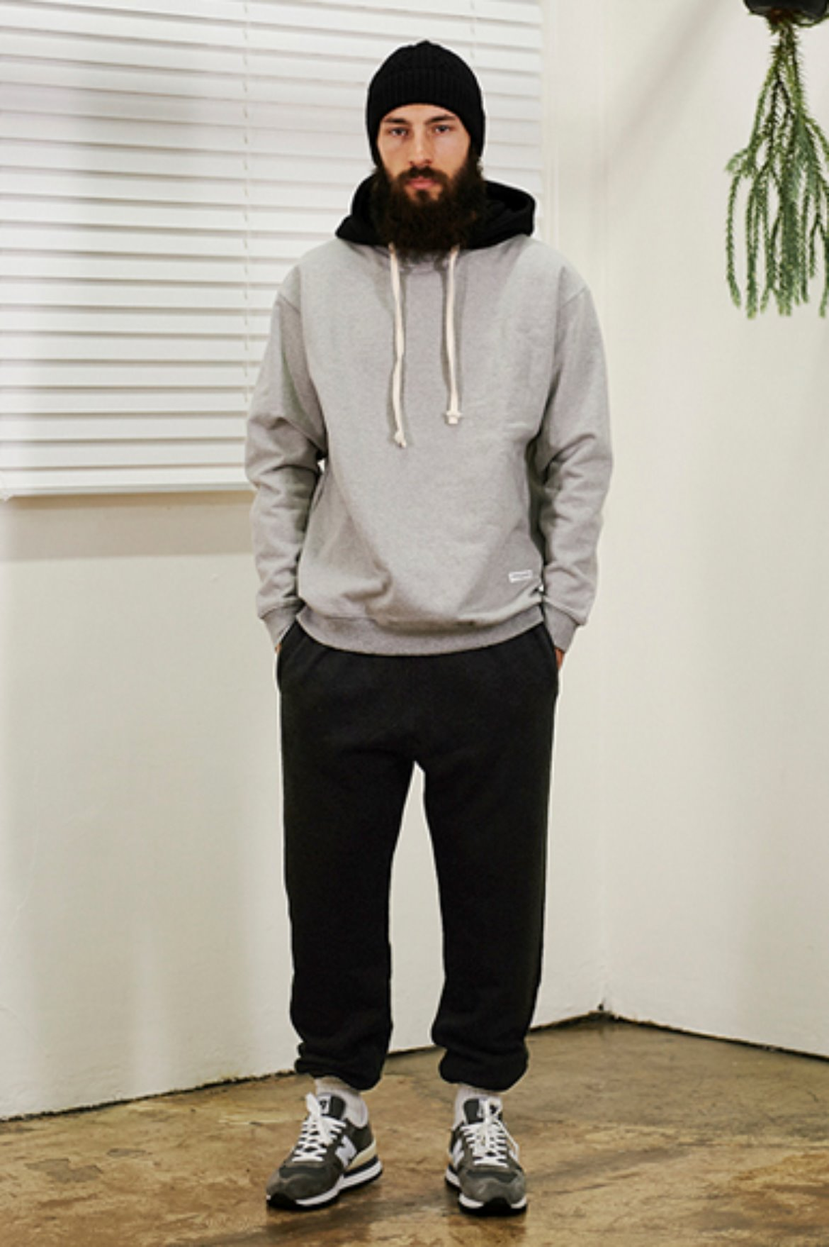XERO - Classic Sweat Pants [Black]