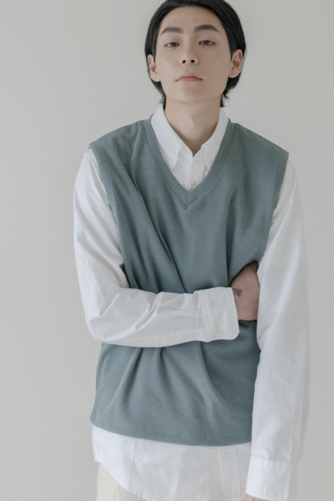 Tencel V-Neck Vest [Blue Grey]
