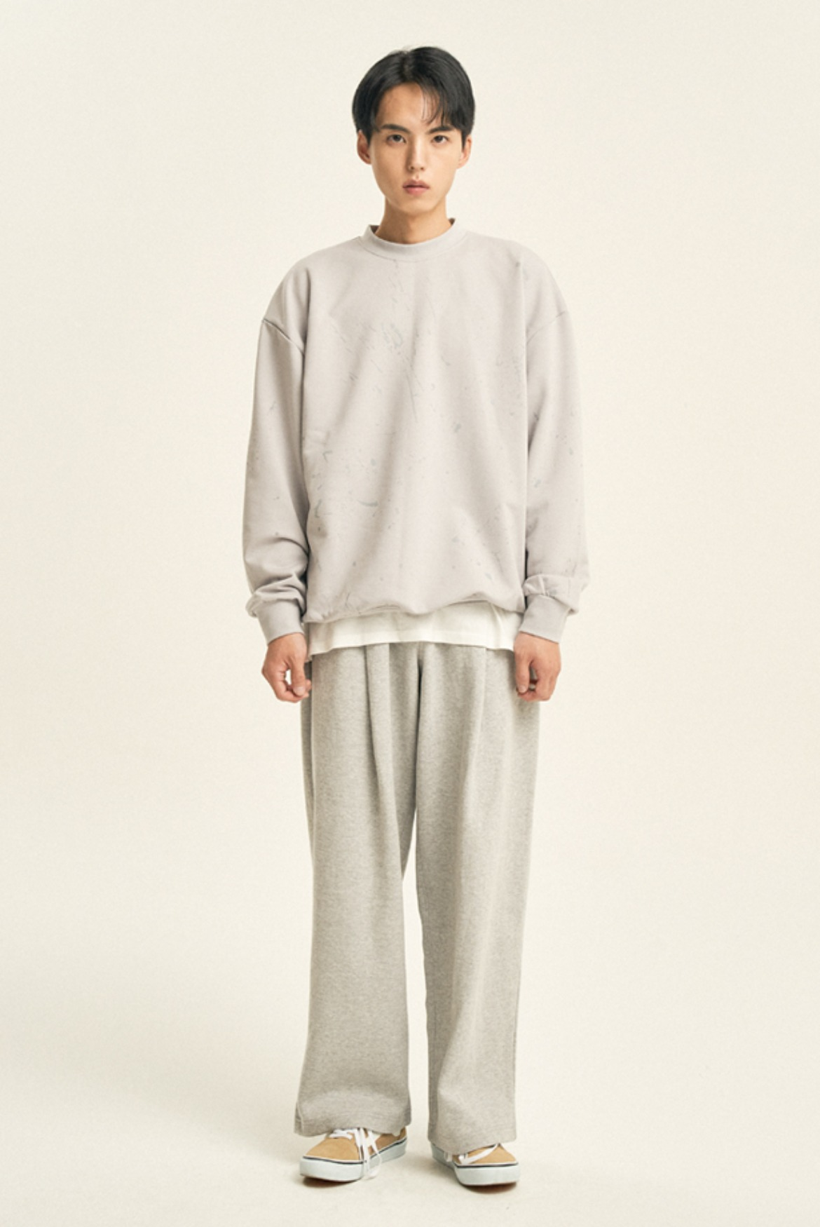 Deep One Tuck Sweat Pants [Grey]