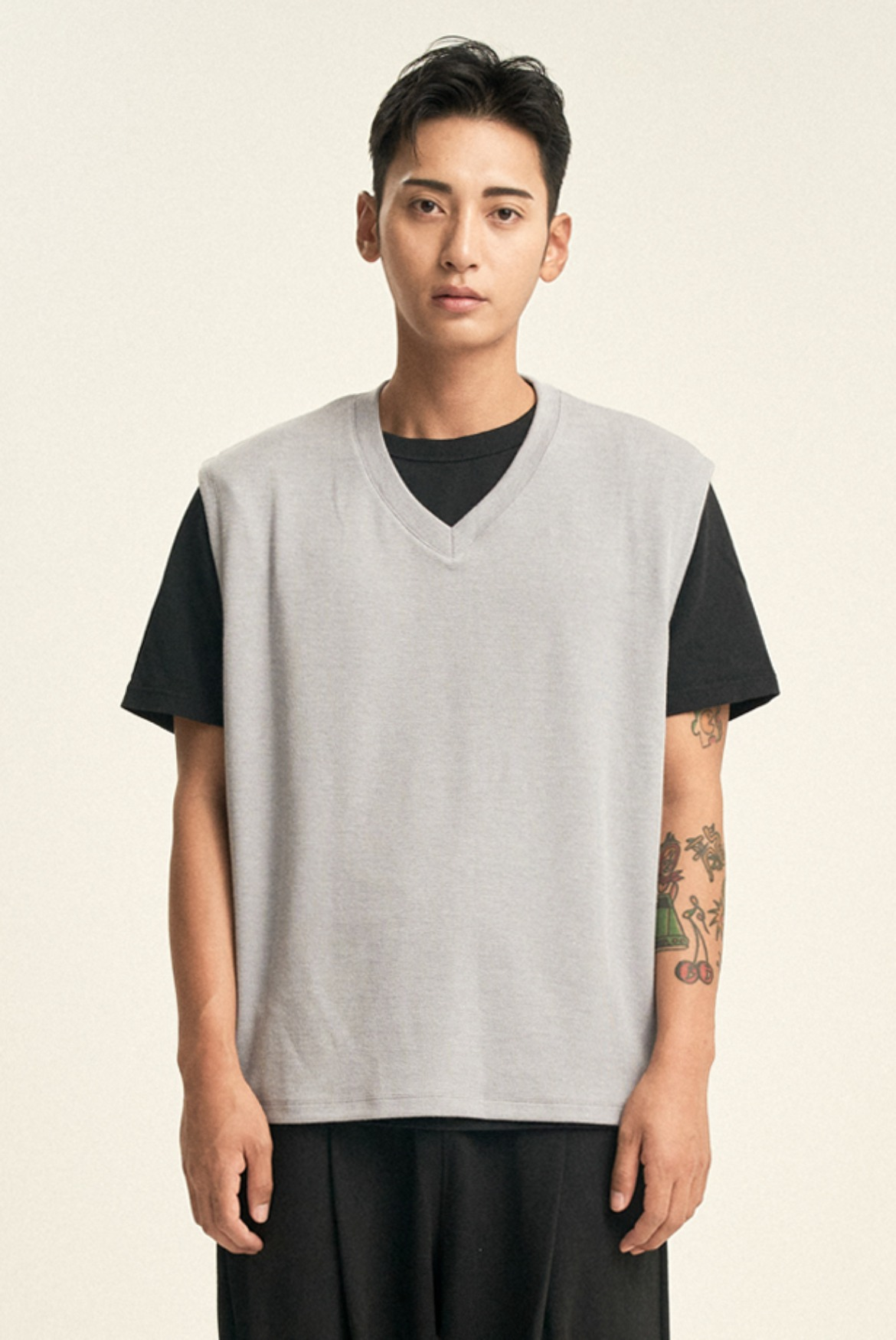 Silky V-Neck Vest [Light Grey]