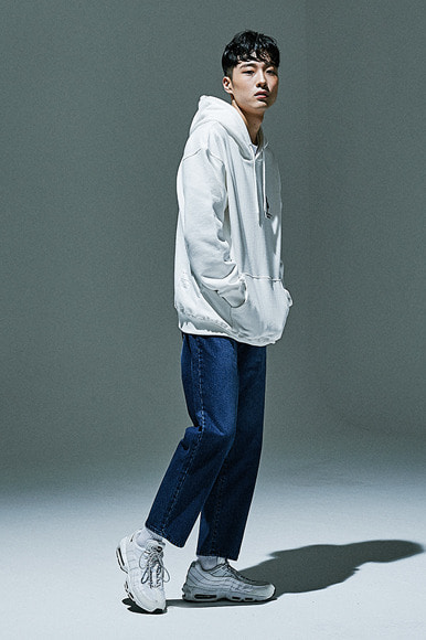 (12월 15일 예약배송) Ankle Cut Standard Denim Pants [Mid Blue]