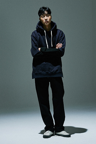 Sleeve Layered Hoody [Navy/Black]
