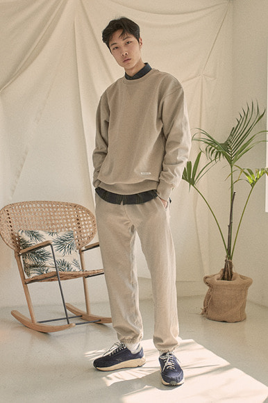 Classic Sweat Shirts [Beige] (2월 21일 예약 발송)