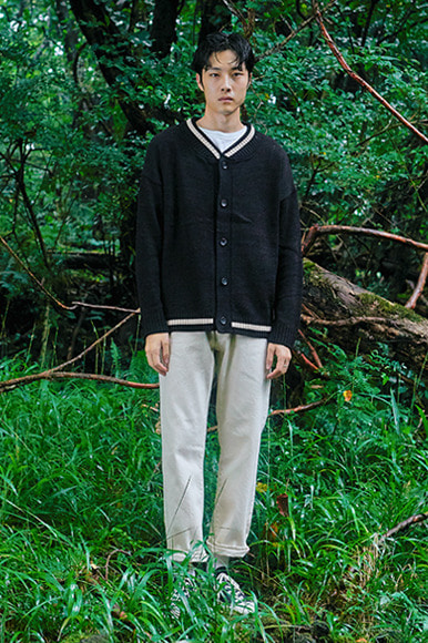 Point Line Cardigan [Black]