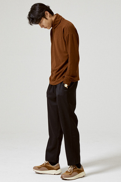 Tencel Turtleneck T-Shirts [Brown]