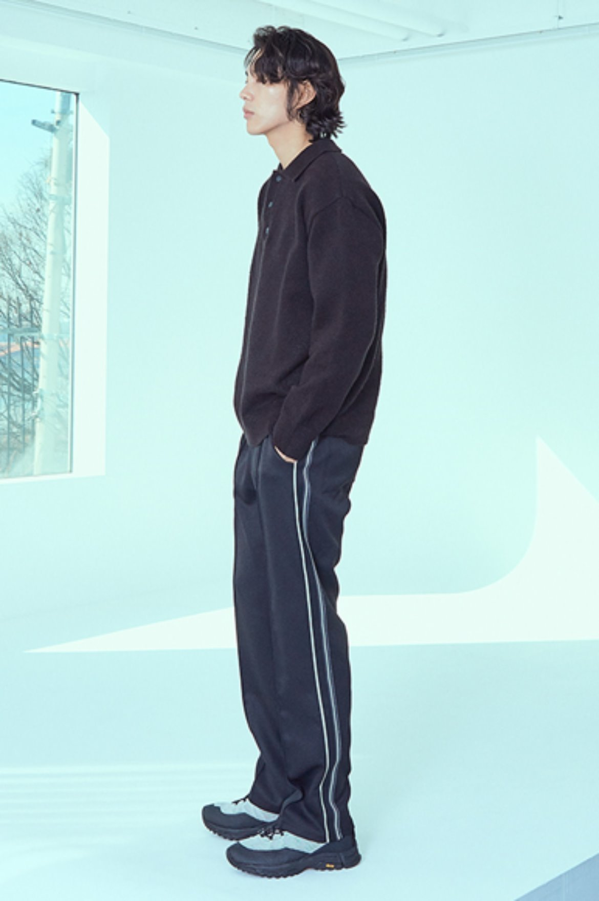 Asymmetry Tape Line Track Pants [Black/Ivory]