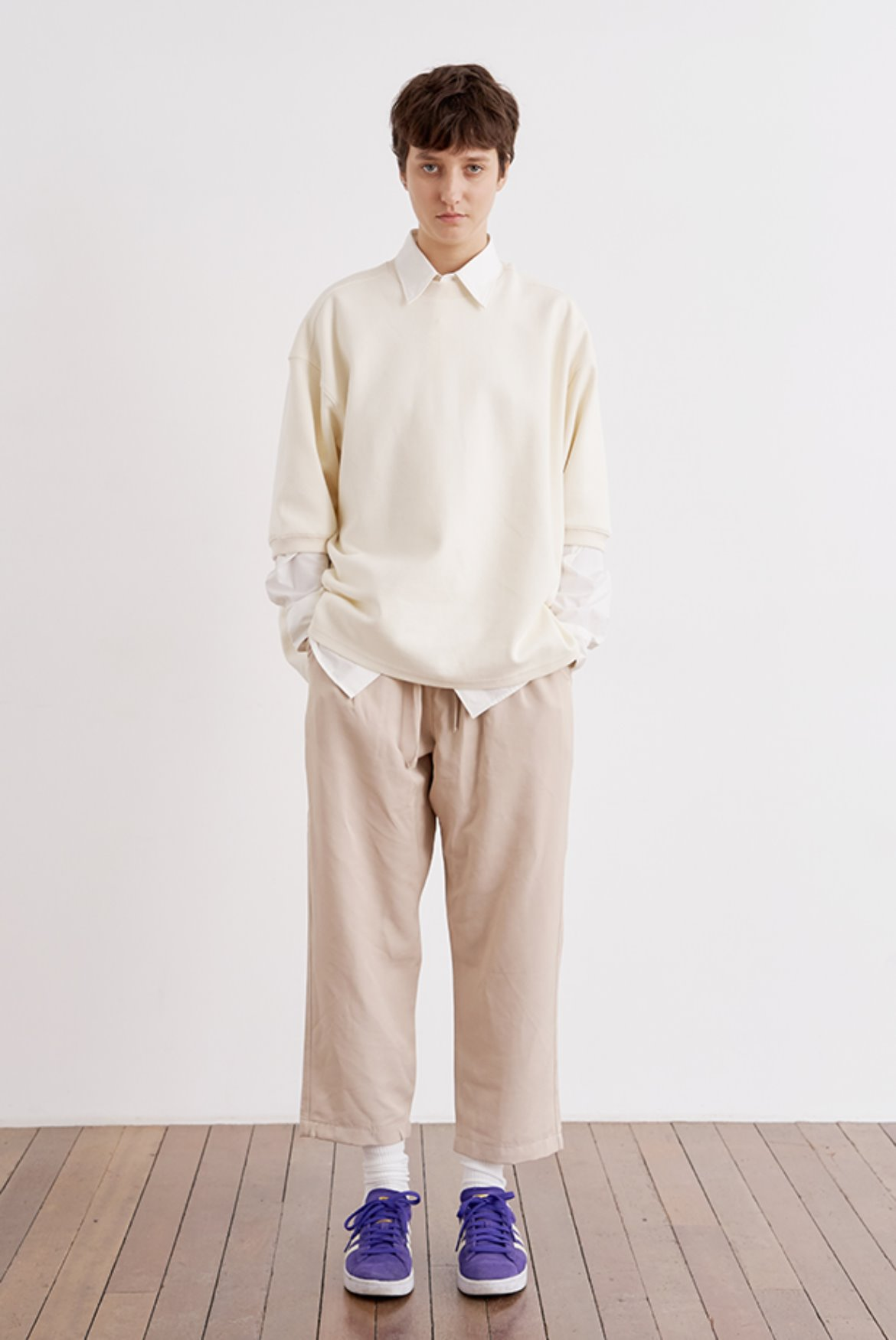 Cupra Two Tuck Crop Pants [Cream]