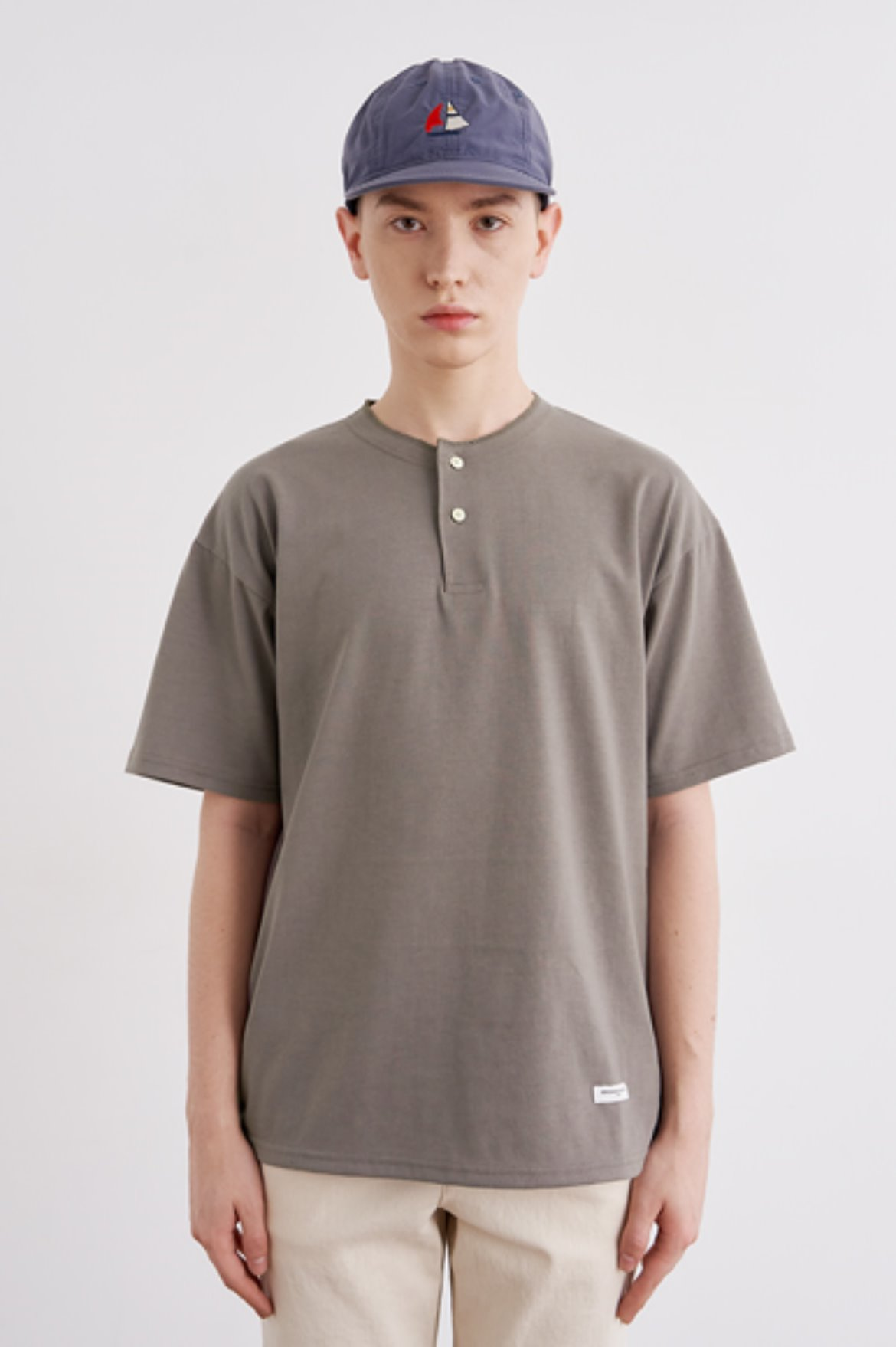 Easy Henry Neck T-Shirts [Boston Khaki]