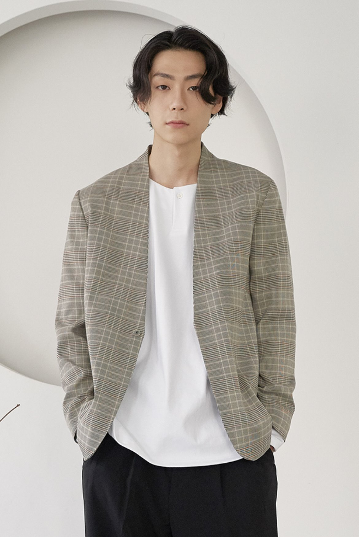 Collarless Hidden Button Jacket [Beige Check]