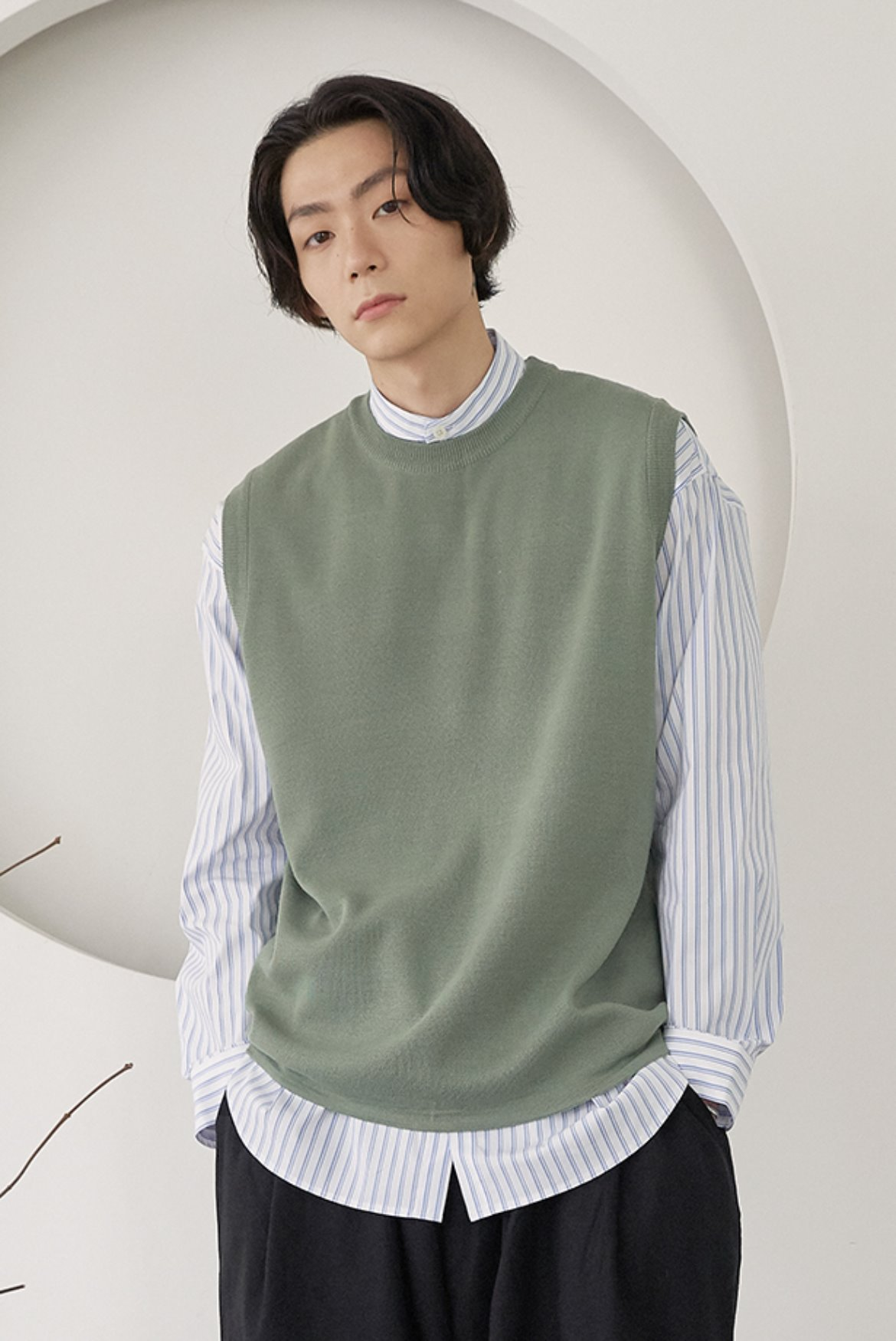 Milano Round Knit Vest [Dusty Green]