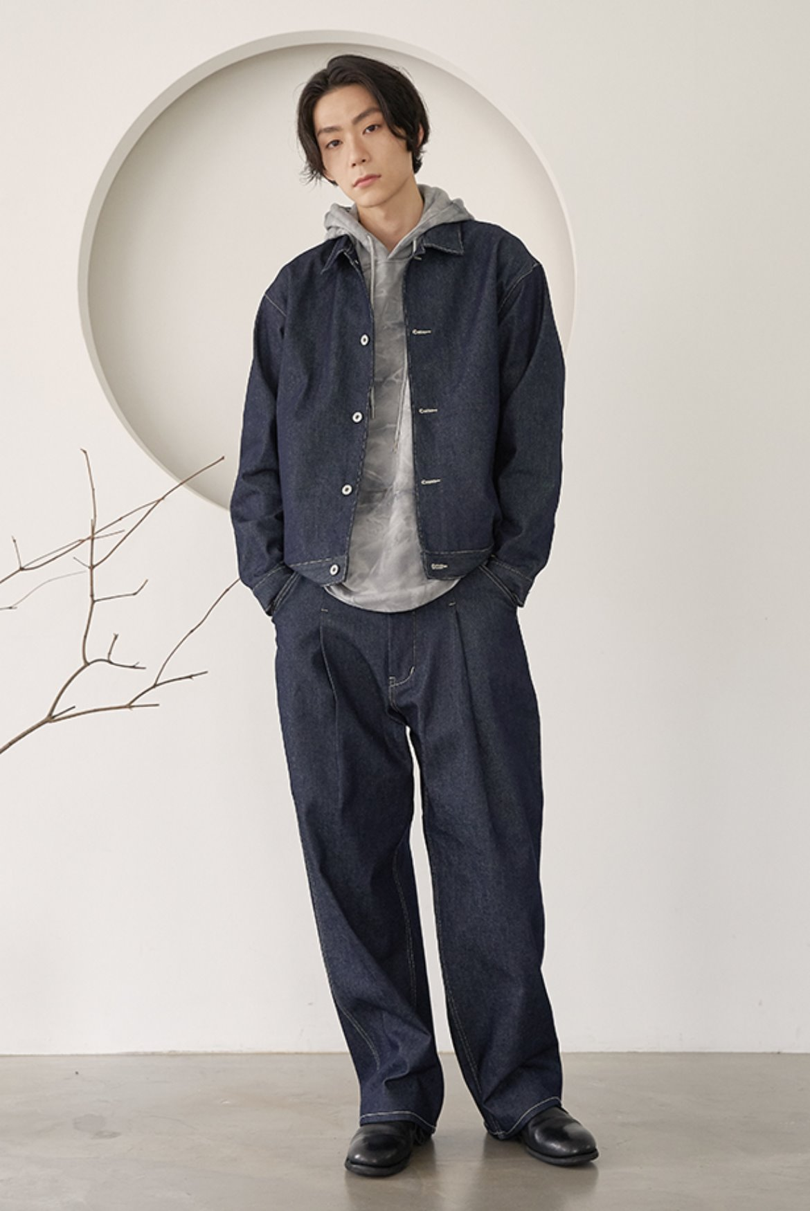 Deep One Tuck Denim Pants [Indigo]