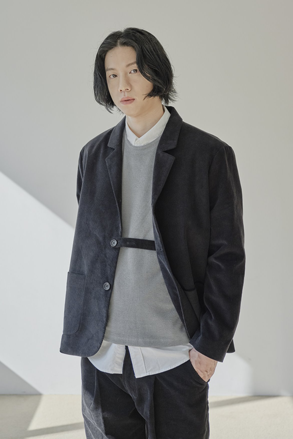 Corduroy Three Button Jacket [Black]