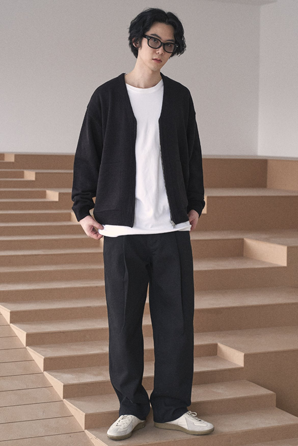 (11월 3일 예약배송) Deep One Tuck Pants [Cotton Black]