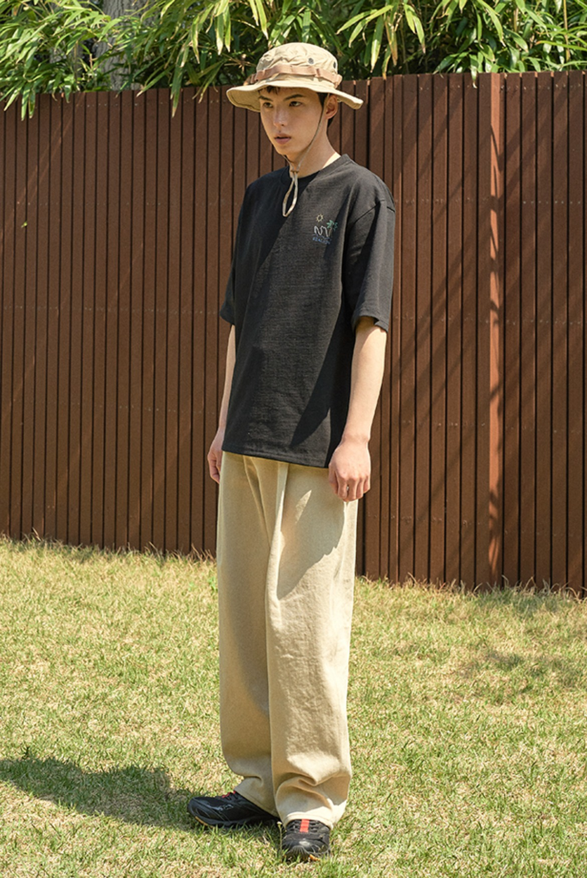 Deep One Tuck Pants [Beige]