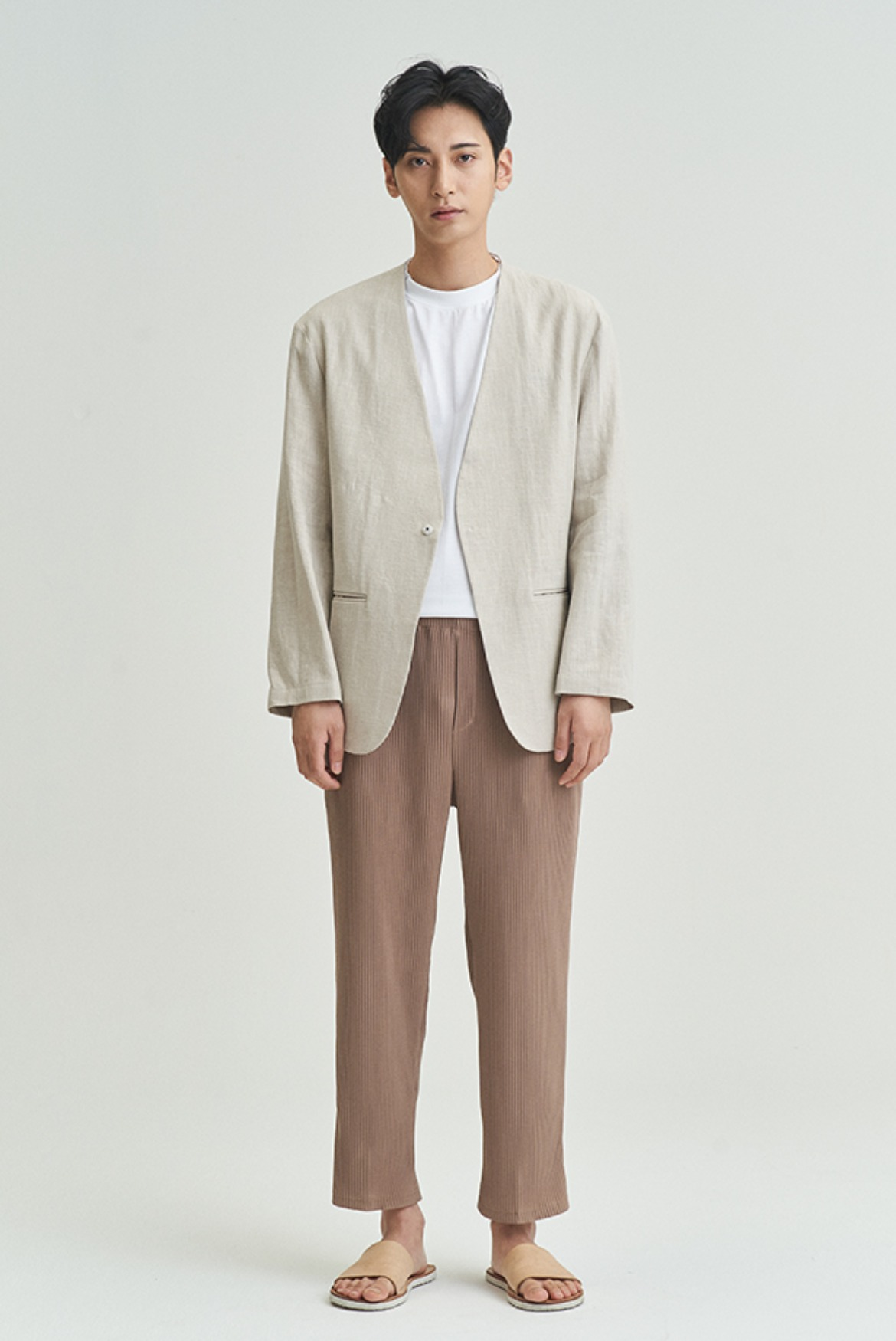 Easy Pleats Pants [Beige]