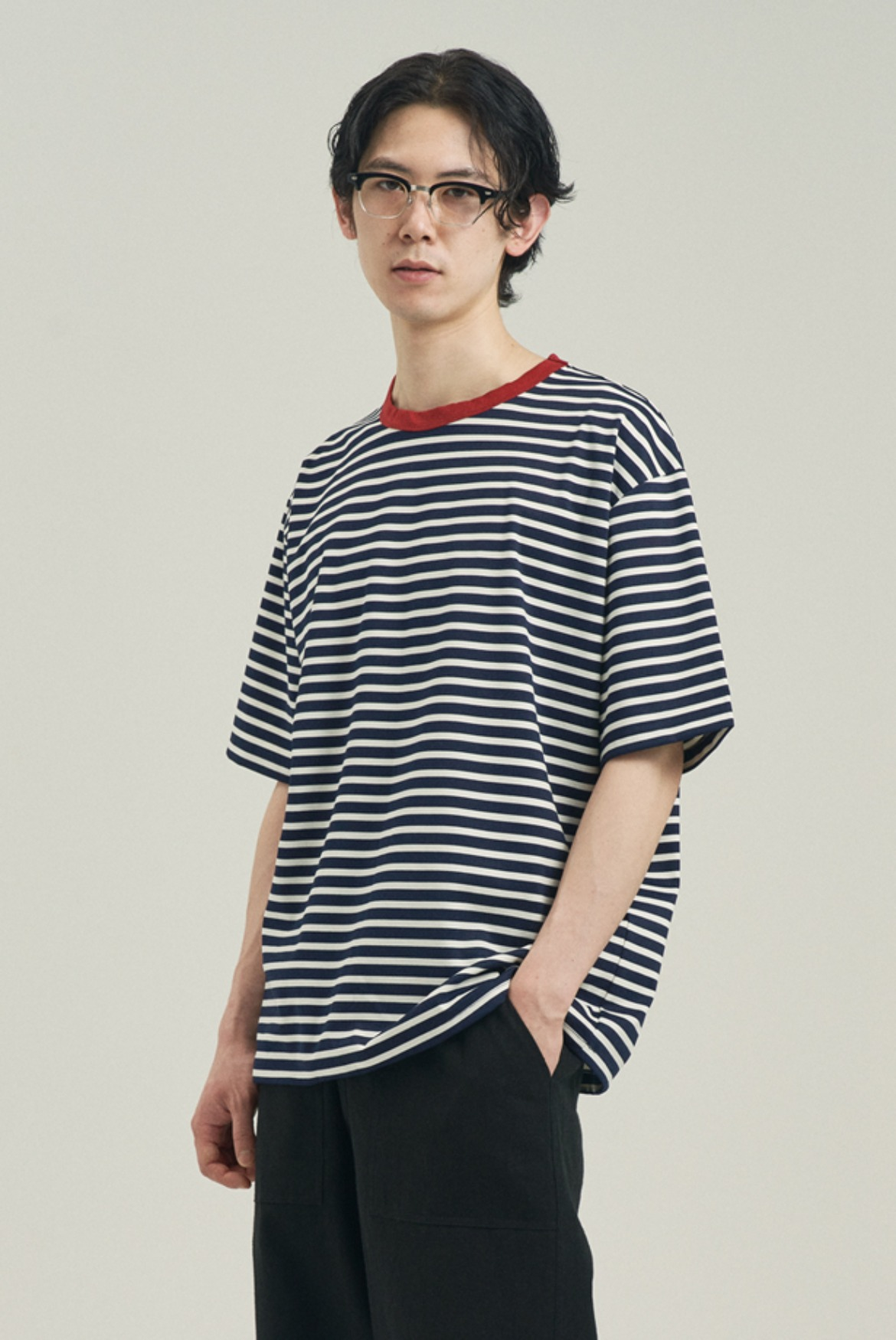 Point Neck Stripe T-Shirts [Navy/Red]