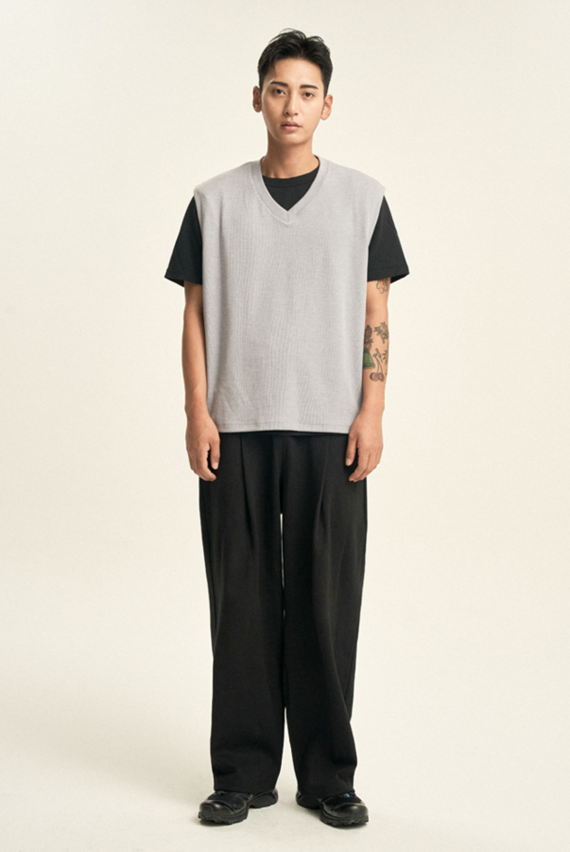 (10월 23일 예약배송) Deep One Tuck Sweat Pants [Black]