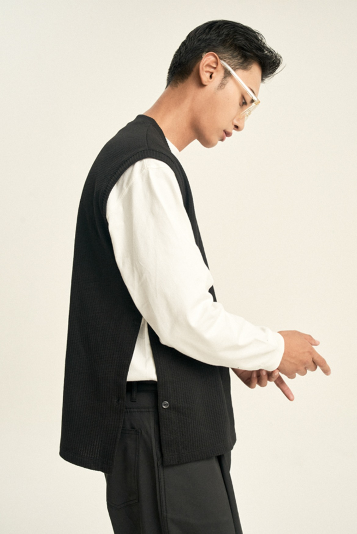 Ribbed Side Open Vest [Black]