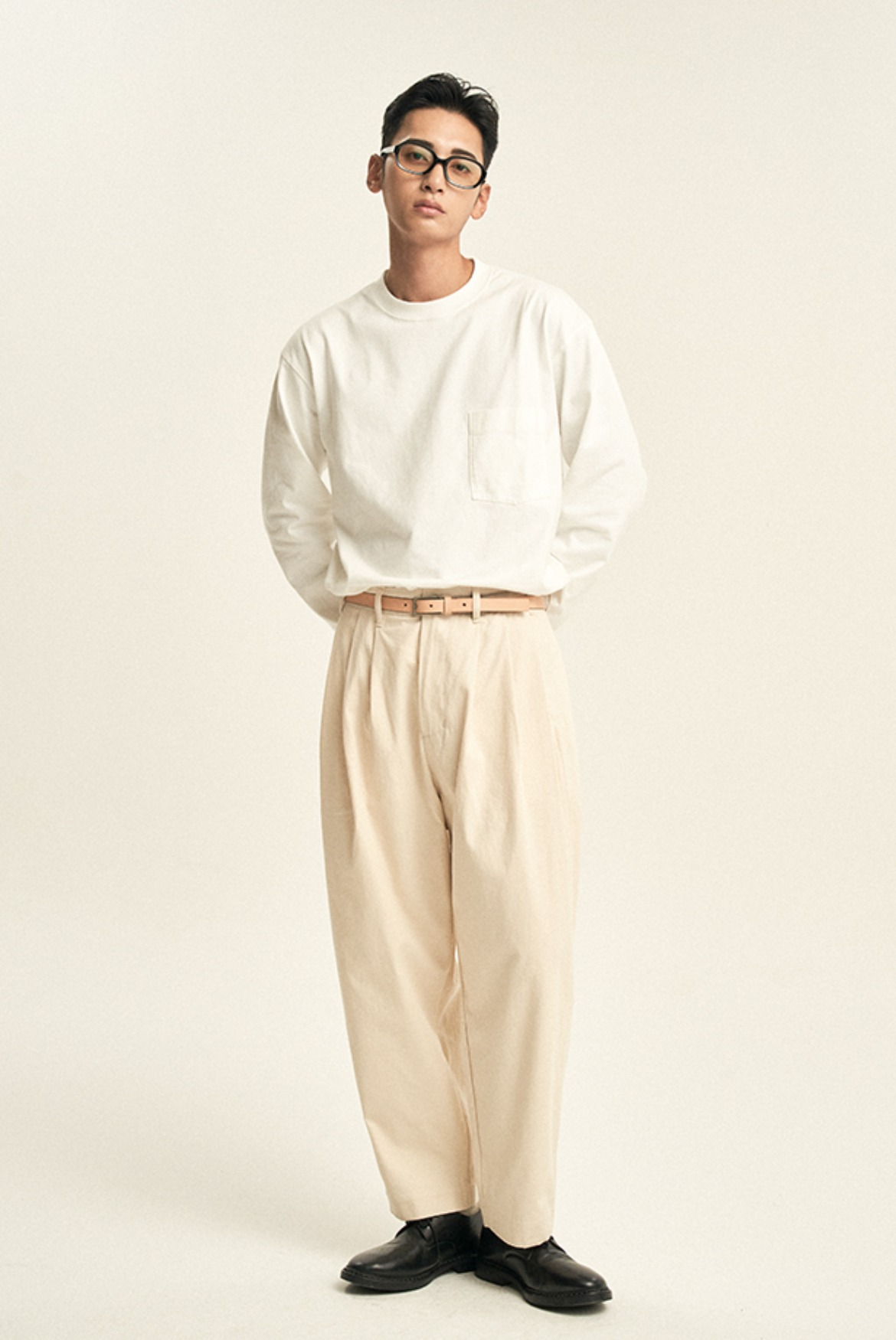 4 Tuck Cotton Pants [Natural]