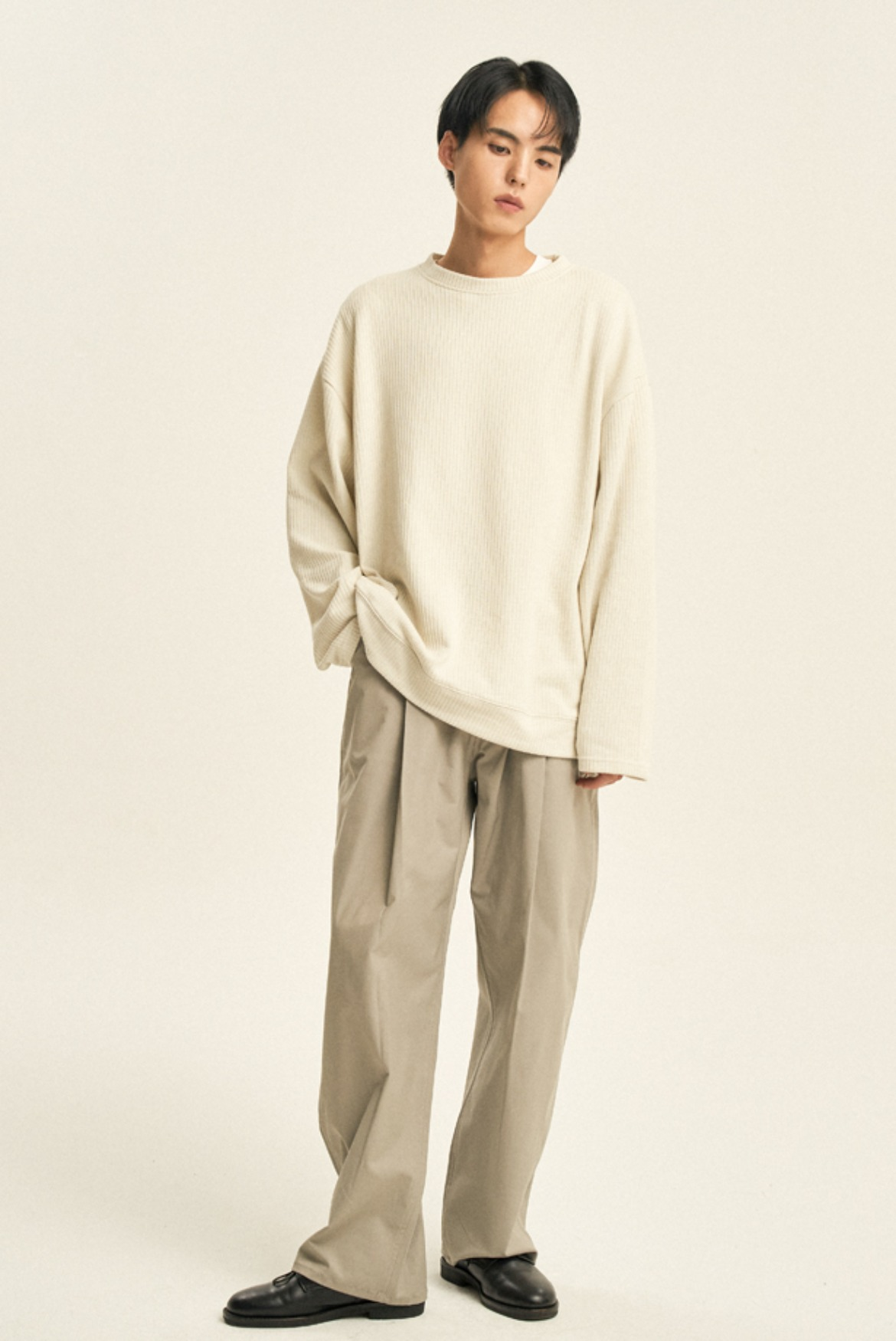 Luster Deep One Tuck Pants [Light Grey]